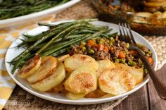 Yummy Crispy Potato Topped Meat Pie – a great family meal!! We all love a cottage or shepherd's pie, but sometime you just don't fancy the mash topping, right? This Crispy Potato Topped Meat Pie is delicious and super easy to make. Ground beef in a yummy gravy sauce with vegetables and slices of golden crispy potatoes...Read More »