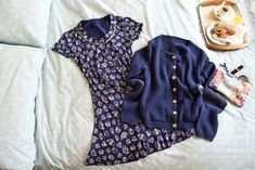 The go-to everyday dress for Spring. Love the cardigan