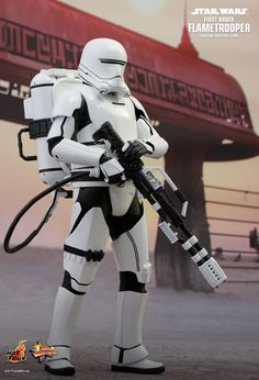 Hot Toys : Star Wars: The Force Awakens - First Order Flametrooper 1/6th scale collectible figure