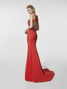 Vestido de festa vermelho - Vestido comprido GREGAL - sem mangas | Pronovias