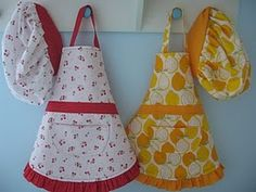 Cute apron patterns/instructions for little girls. I wonder how hard it would be to make one for me too?