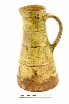 Jug, late 13th-early 14th century | Museum of London