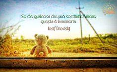 Non è forse vero? Io sto sopravvivendo ricordandomi di voi e quello che ho vissuto nel passato :) #josifbrodskij, #amore, #memoria,