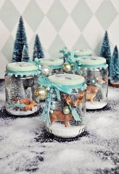 Weihnachtsschmuck basteln ist das perfekte Advent-Ritual, um sich in Feststimmung zu bringen. 7 herzige Ideen und Anleitungen für selbstgemachten Weihnachtsschmuck.