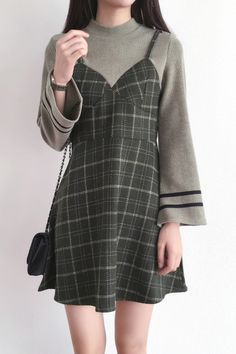 New Stylish Knitted Patchwork Zip-Back Long Sleeve False Two-Pieces Dress