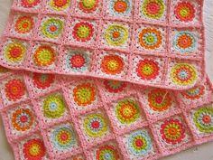 Color 'n Cream: Flower Square Tutorial II