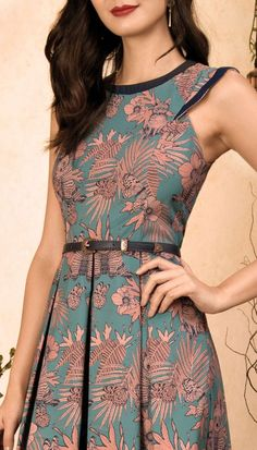 37 Summer Dresses That Make You Look Cool Source by constixita Fashion outfits Simple Dresses, Casual Dresses, Summer Dresses, Modest Fashion, Fashion Dresses, Fashion Fashion, Fashion Trends, Elegant Outfit, Look Cool