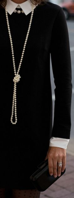 How to style a black dress for day to night - classic style via Chic♡ Look Fashion, Winter Fashion, Womens Fashion, Classic Style, Style Me, Classic Black Dress, Classic Beauty, Mode Chanel, Chanel Style