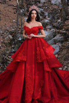 Luxurious Off-The-Shoulder Red Wedding Dresses Lace Overskirt red wedding gowns - Wedding Gown Red Ball Gowns, Ball Gowns Prom, Red Gowns, Gala Gowns, Fancy Gowns, Tulle Ball Gown, Ball Gown Dresses, Quince Dresses, Prom Dresses