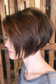 Are you sporting a short bob haircut or would like to get this cut in the nearest future? Pick the one that is true to your image – romantic or sexy, elegant or playful. Our gallery has the best looks for you. #shortbob #shortbobhairstyles #shorthairstyles #hairstyles