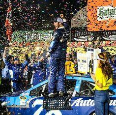 Martin Truex Jr wins the Southern 500 at Darlington!