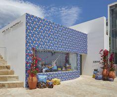 いいね!1,890件、コメント11件 ― LOEWEさん(@loewe)のInstagramアカウント: 「#LOEWE IBIZA SUMMER SHOP. At MACE (Ibiza's Museum of Contemporary Art). From the 30th of June…」