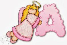 Alfabeto de angelita dibujando las letras con las nubes.