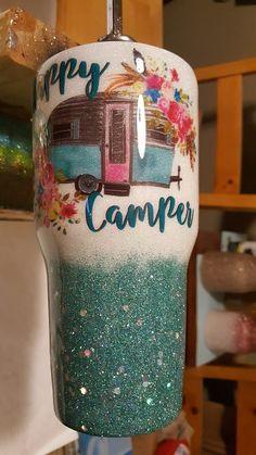 Diy Tumblers, Custom Tumblers, Glitter Tumblers, Tasse Thermos, Tumblr Cup, Custom Cups, Yeti Cup, Tumbler Designs, Glitter Cups