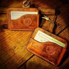London Wraps sporting the Mascon old school logo. Leather Wallet Pattern, Handmade Leather Wallet, Leather Pouch, Leather Wallets, Leather Diy Crafts, Leather Projects, Leather Craft, Badge Wallet, Front Pocket Wallet