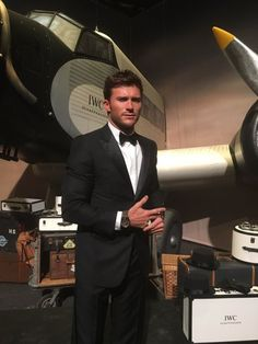 IWC: Guess what is wearing tonight? Wilson Bethel, Scott Eastwood, Tuxedo For Men, Colin O'donoghue, Luke Evans, Jessica Chastain, Sharp Dressed Man, Country Boys, Hugh Jackman