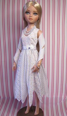 OOAK Ellowyne Wilde outfit. Pastels on white by RaccoonsRags