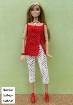 crocheted barbie doll clothes Something red Crochet Doll Dress, Crochet Barbie Clothes, Knitted Dolls, Barbie Und Ken, Barbie Mode, Barbie Clothes Patterns, Clothing Patterns, Barbie Dress, Fashion Dolls