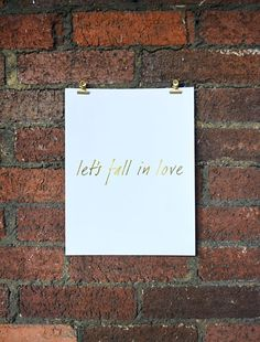 Let's Fall in Love Free Printable - Friday's Fab Freebie :: Week 58 - brepurposed
