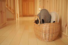 スリッパ収納バスケットを購入/FABLIC'S(ファブリックス)|家は明かりから。~スウェーデンハウスで北欧生活~