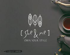 Création de Logo simple plume. Logo de Premade cuivre.