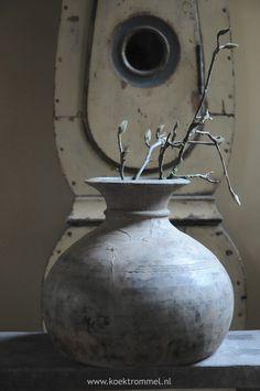Houten kruik uit Nepal