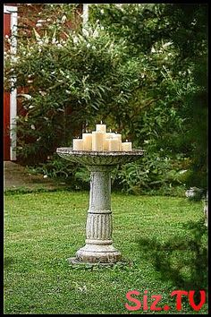 Fun idea for an old bird bath; this is romantic and charming. If you live in mosquito area, you could put citronela candle in the middle. Outdoor Projects, Garden Projects, Prayer Garden, The Secret Garden, Dream Garden, Yard Art, Garden Inspiration, Land Scape, Outdoor Lighting