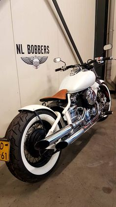 DIY - Build a custom bobber motorcycle - moped- Bobber motorcycle! DIY – Build a Custom Bobber Motorcycle – Moped – - Honda Bobber, Motos Bobber, Honda Shadow Bobber, Bobber Bikes, Scrambler Motorcycle, Motorcycle Garage, Motorcycle Design, Honda Motorcycles, Vintage Motorcycles