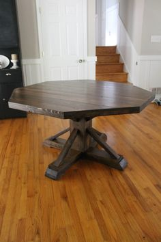 Kitchen table -- DIY Octagon Table | Do It Yourself Home Projects from Ana White