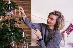 Decora l'albero, prepara la tavola ed entra nello scintillio delle Feste di Natale. Glamour è la tua parola d'ordine? Oppure preferisci atmosfere più sobrie? O ti piace, invece, rivestire la tua casa di luce? Qualunque sia il tuo modo di interpretare il Natale, vieni a scoprire i tre stili proposti
