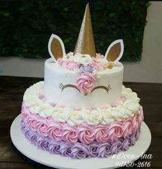 Festa do Unicórnio +de 200 Ideias para Sua Festa! Unicorn Themed Birthday Party, Birthday Cake Girls, Birthday Party Decorations, Unicorn Birthday Cakes, 3rd Birthday, Diy Unicorn Cake, Bday Girl, Party Centerpieces, Unicorn Baby Shower