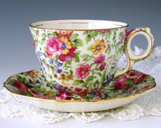 Spode Copelands Dimity Tea Cup and Saucer por TeacupsAndOldLace
