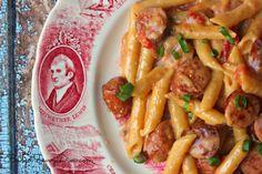 One Pan Cheesy Smoked Sausage and Pasta Recipe Summer Sausage Recipes, Smoked Sausage Recipes, Sausage Pasta Recipes, Pork Recipes, Easy Dinner Recipes, Casserole Recipes, Easy Meals, Cooking Recipes, Recipe Pasta