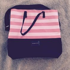 Victoria's Secret Tote Used once. Measures about 16x17 inches. Clean and large. Adjustable shoulder strap, plus two handles. Victoria's Secret Bags Travel Bags