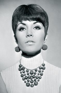 1960's HAIRSTYLES | Hair & Make Up trends that are back from the 1960s