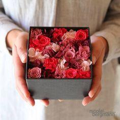 まるで小さなお花畑♡ニコライ・バーグマンのフラワーボックスが大人気♩**にて紹介している画像