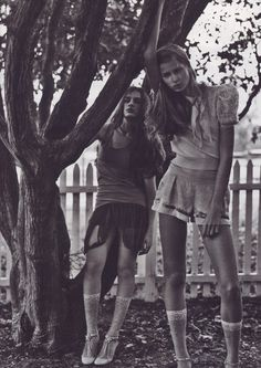 bienenkiste: Liliane Ferrarezi and Hana Soukupova by Michael Thompson for W December 2003 | young women | hanging out | chilling | fashion editorial | trendy | www.republicofyou.com.au