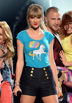 Performing 22 at the Billboard Music Awards