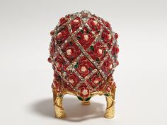 Jewelry Box, Metal Jewelry, Faberge Eggs, Small Boxes, Keepsake Boxes, Trinket Boxes, Acrilic Paintings, Rabbit Cake, Primitive Santa