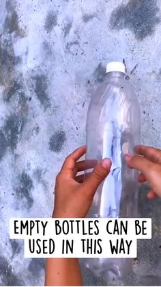 Plastic Bottle Crafts, Plastic Craft, Plastic Bags, Plastic Bottles, Recycled Crafts, Resin Crafts, Handmade Crafts, Simple Life Hacks, Useful Life Hacks
