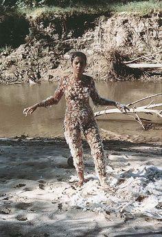 Ana Mendieta, Untitled Blood and Feathers, 1974. Estate Ana Mendieta.