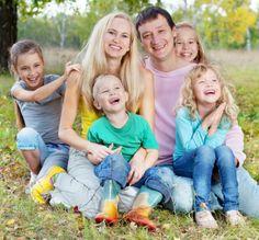Для молодых семей актуальным является вопрос приобретения квартиры в Краснодаре в ипотеку.  Ипотечное кредитование - форма кредита, выдаваемая банком под залог недвижимости. При этом если вы хотите приобрести квартиру по данной схеме, то данное имущество поступает банку в залог, в качестве гарантии возврата кредитных денег.  В Краснодаре, на ваш выбор действуют 226 программ в 27 банках, воспользовавшись услугами которых, можно оформить покупку квартиры в ипотеку.