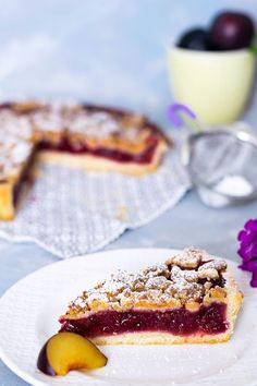 Plum cake with marzipan sprinkles - Kuchen - Dessert Tart Recipes, Cupcake Recipes, Baking Recipes, Baking Cupcakes, Cupcake Cakes, Sprinkles Recipe, Crumble Recipe, Plum Cake, Sweet Bakery