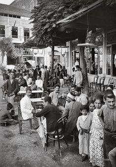 Cafe Beirut, 1920