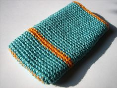 Patterns to Crochet a cell phone or iPod Case