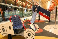 Kinderspielplatz Flughafen Madrid #airportlife #airport #travelling #flying #travel #reise #boarding #terminal