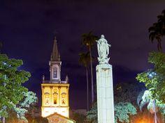 Largo do Machado - Praça - Catete - Igreja - Torre - Santa - Rio de Janeiro - Brasil - Brazil