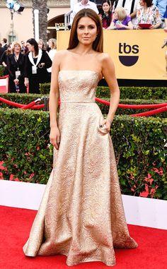 Maria Menounos looks gorgeous on the SAG Awards red carpet in Romona Keveza!