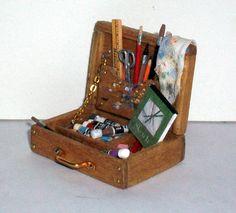 Miniature Artist Box... so cute :o)