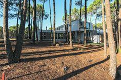 Entre la laguna y el pinar - Casas - EspacioyConfort - Arquitectura y decoración Villa, Architects, Houses, Villas